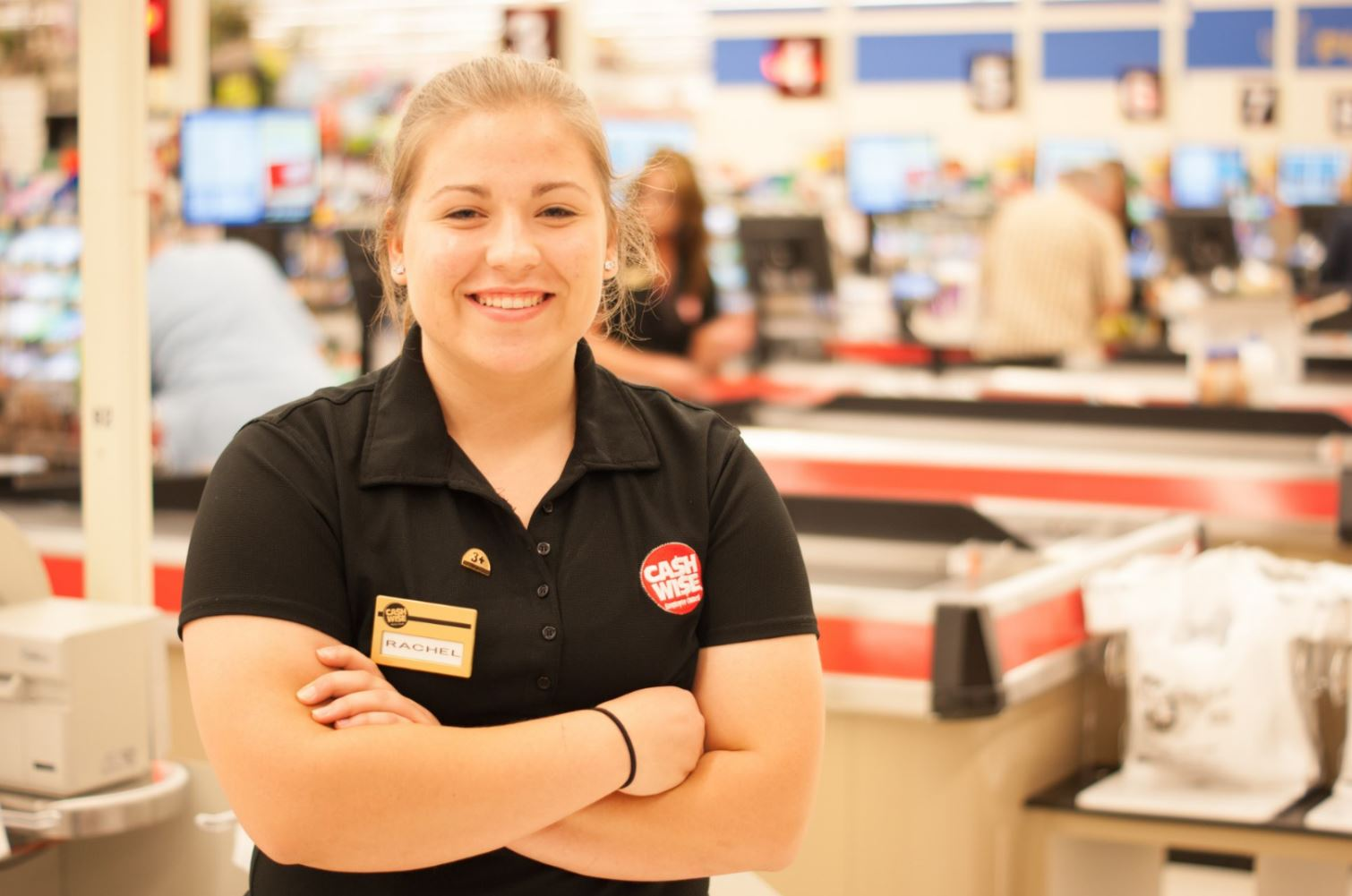 Cashiers: South Fargo, ND